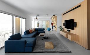 דירה בתל אביב, עיצוב סטודיו לאגום – מירב צ'רניחבסקי ורותם סידלר (צילום: גדעון לוין)