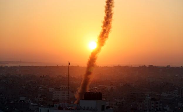 ירי רקטות מעזה (צילום: רויטרס)