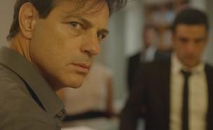 """אקי אבני בסרט """"בגידה"""" (צילום: דרור לבנדיגר, יח""""צ)"""