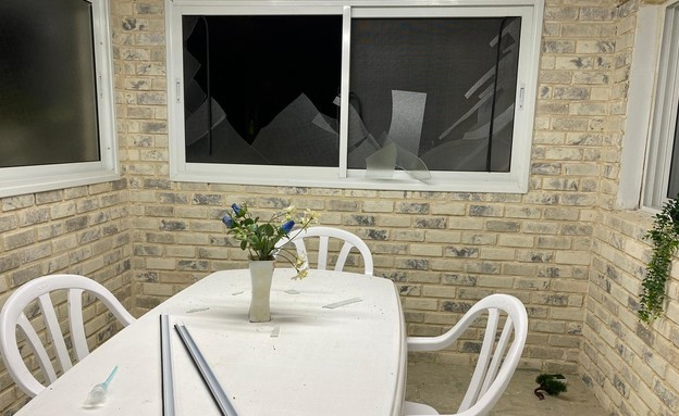 בית בשדרות נפגע מרסיסי רקטה: