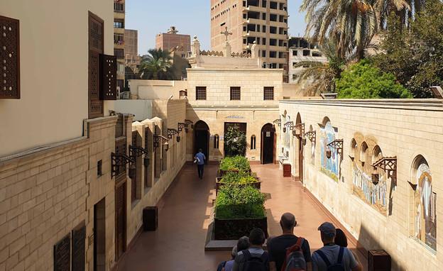בתי כנסת שבועות, בית הכנסת בן עזרא קהיר - 3 (צילום: Shutterstock By Chema Grenda )