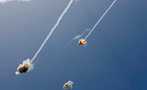 יירוטים מעל העוטף ואשקלון (צילום: יהונתן בן סימון)