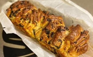 לחם שום נתלש (צילום: פאני דוד, אוכל טוב)