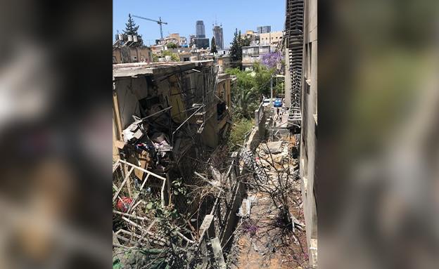הדירה שנפגעה בגבעתיים, הבוקר (צילום: באדיבות עיריית גבעתיים)