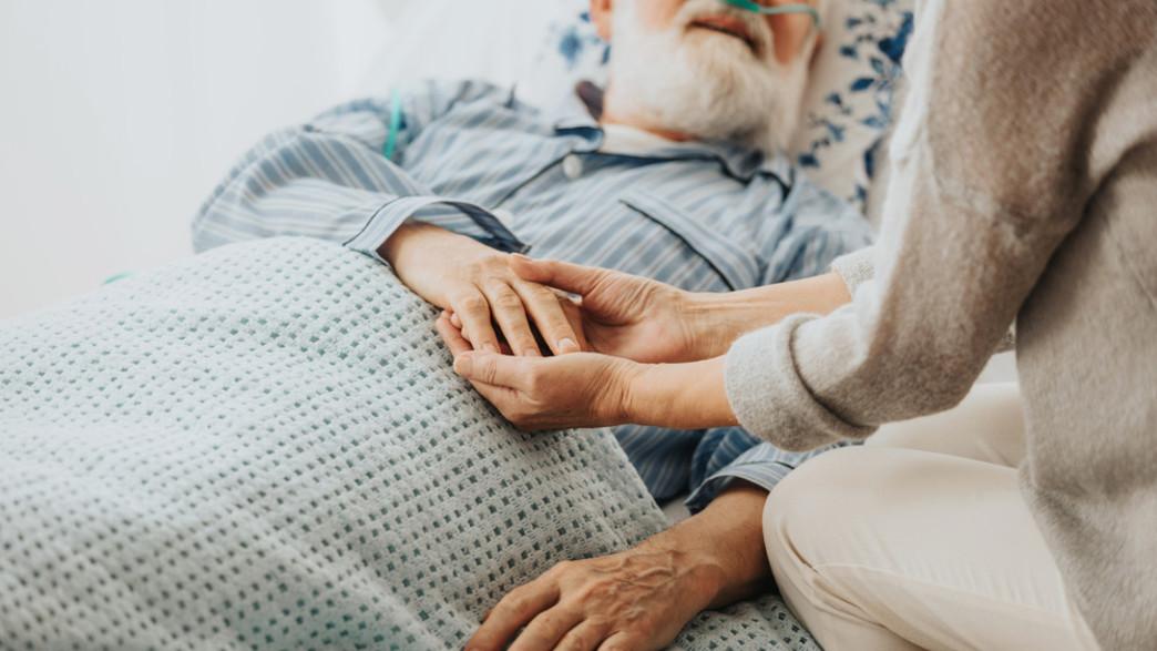 מטופל מבוגר (צילום: Photographee.eu, shutterstock)