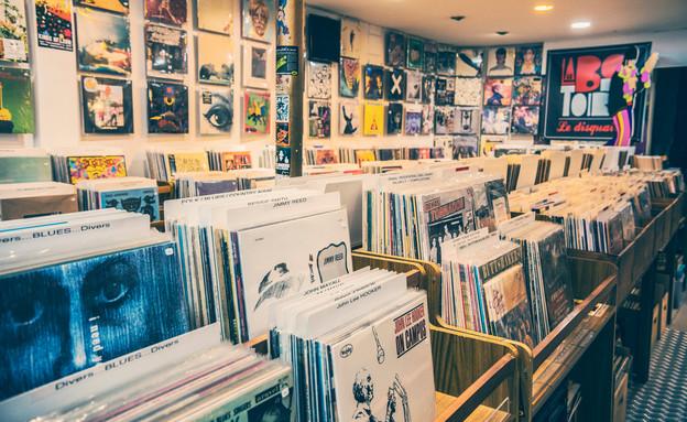 חנות תקליטים בטולוז צרפת (צילום: shutterstock)