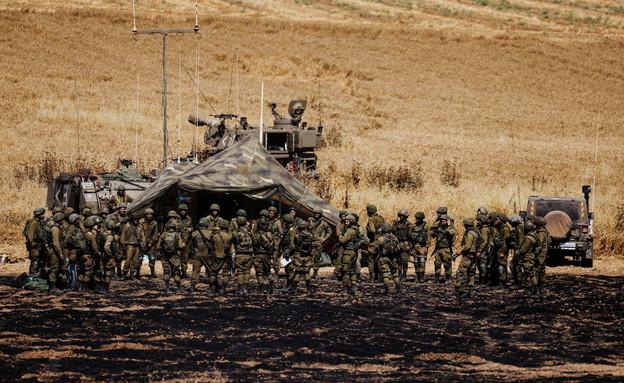 חיילים על גבול רצועת עזה (צילום: רויטרס)