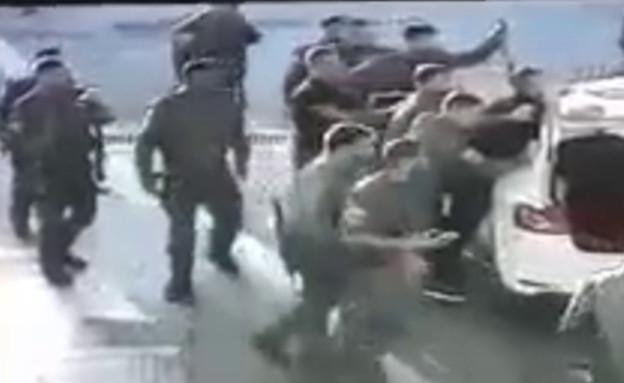 """לוחמי מג""""ב עצרו ארבעה צעירים ערבים"""