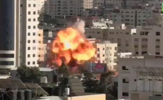 הפצצת בניין בעזה