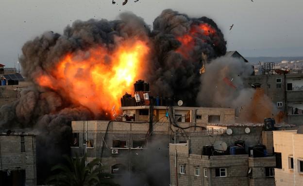 שכונת רימל עזה (צילום: BASHAR TALEB, AFP)