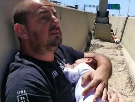 """באמצע נסיעה: חיפשה מחסה לבתה בת החודש (צילום: מתוך """"חדשות הבוקר"""" , קשת 12)"""