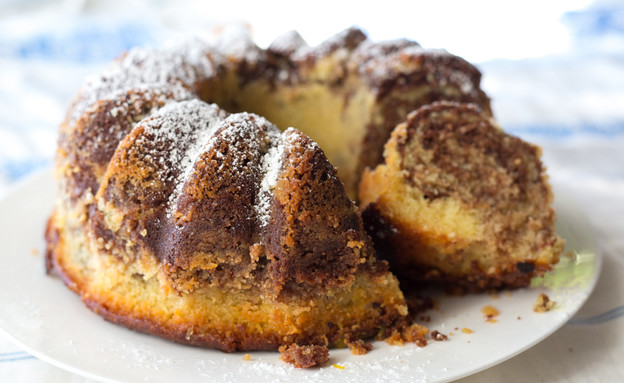 עוגת סולת שיש שוקו-תפוז כמעט שלמה (צילום: קרן אגם, אוכל טוב)