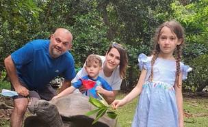 שאדן חמוד ומשפחתה (צילום: באדיבות המצולמים)