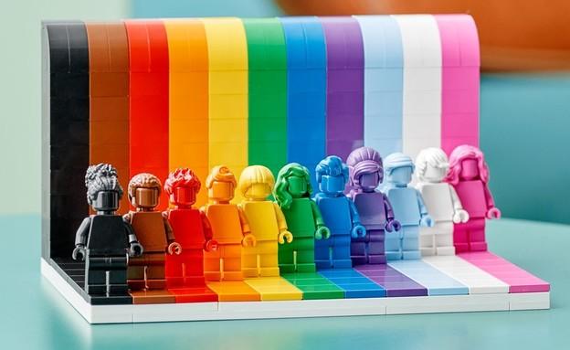 המהדורה הגאה של לגו (צילום: LEGO)