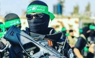 חמושי חמאס (צילום: CalibreObscura@Twitter)