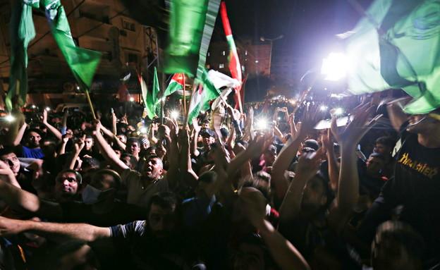 חגיגות ניצחון בעזה (צילום: reuters)