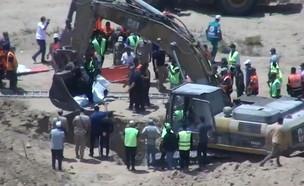 הוצאת גופות מחבלים ממנהרות חמאס
