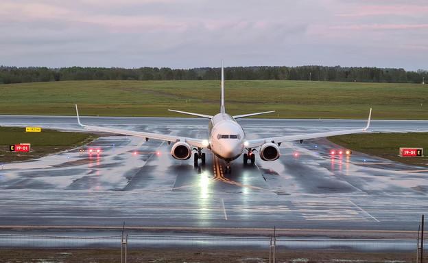 נחיתת חירום של מטוס ראיין אייר בבלארוס (צילום: שי פרנקו,רויטרס)