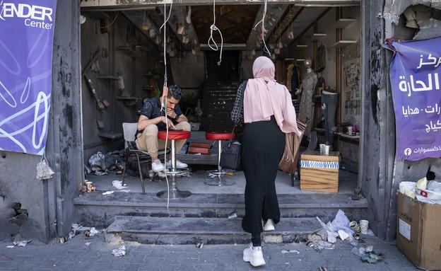 חנות בעזה שנהרסה בהפצצות של ישראל במהלך מבצע שומר החומות (צילום: John Minchillo, ap)