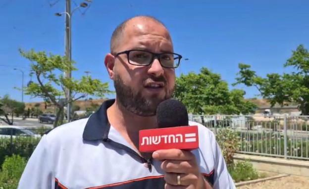 מוחמד חטיב, העיתונאי הערבי שהותקף בקריית אתא (צילום: חדשות 12)