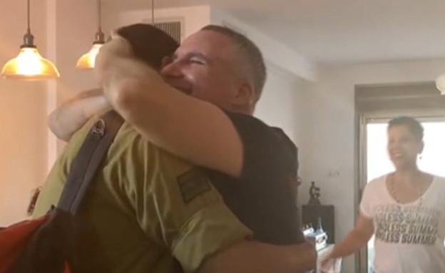 החיילים שהשתתפו במבצע חזרו הביתה (צילום: N12)