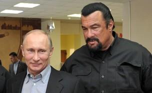 סטיבן סיגל, ולדימיר פוטין (צילום: ALEXEI NIKOLSKY/AFP, Getty images)