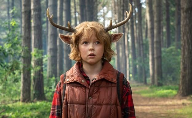 """מתוך """"סוויט טות': נער עם קרניים"""" (צילום: Kirsty Griffin/Netflix, יחסי ציבור)"""