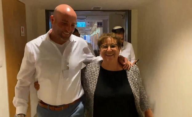 מרים פרץ ביום הבחירות לנשיאות במשכן הכנסת (צילום: חוסין אל אוברה)