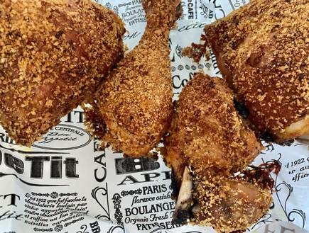 עוף צלוי בסגנון קנטקי פרייד צ'יקן (צילום: חיה דר, אוכל טוב)