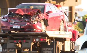 תאונת דרכים מפתיעה ביוטה : ילדה בת 9 נהגה כשאחותה בת 4 לצידה