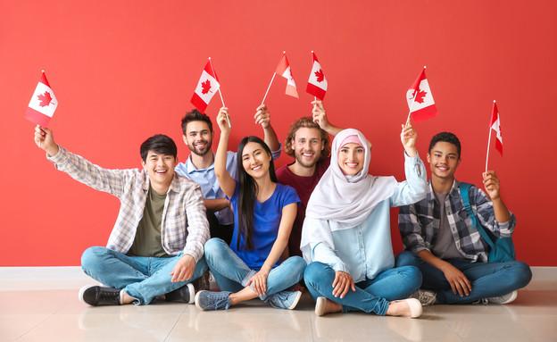 סטודנטים בקנדה (צילום: By ixel-Shot, shutterstock)