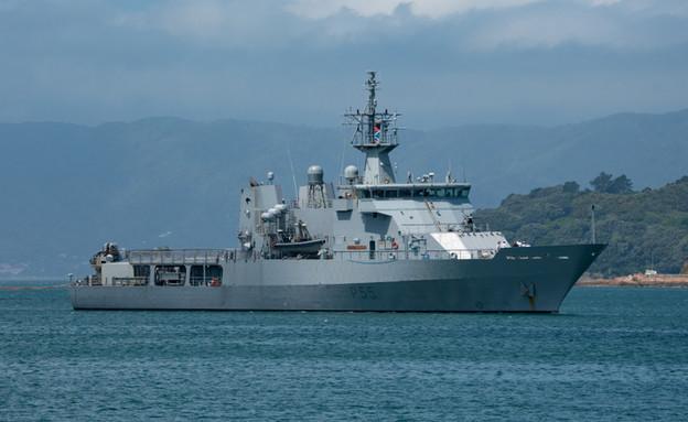 ספינת פטרול פרוטקטור אמריקאית בצי זר (צילום: jon lyall, ShutterStock)
