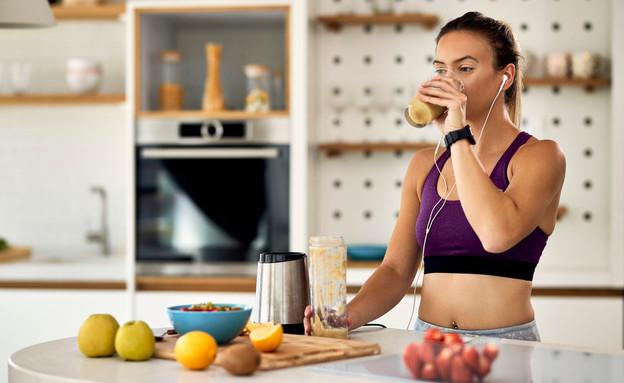 מה לאכול לפני אימון ואחריו (צילום: Drazen Zigic, shutterstock)