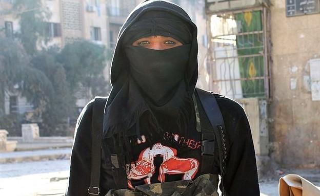 פעילת ארגון הטרור הקיצוני (צילום: BARAA AL-HALABI/AFP, GettyImages)