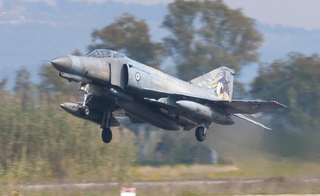 מטוס הקרב (צילום: Flight Video and Photo, ShutterStock)