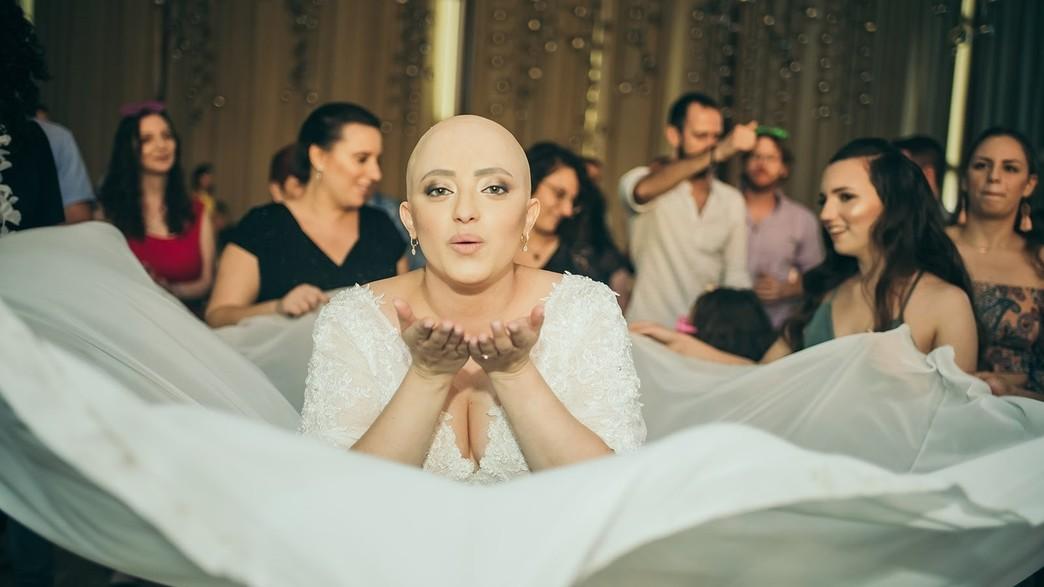 דנה סולומון בחתונתה (צילום: שיצו צלמים)
