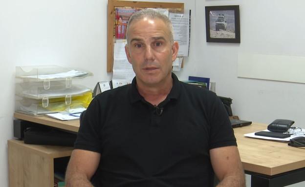 גיורא לוי, מפקדו לשעבר של בנט  (צילום: החדשות 12, החדשות12)