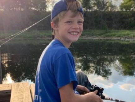 """בן 10 קפץ לנהר כדי להציל את אחותו וטבע למוות: """"הוא היה גיבור"""""""