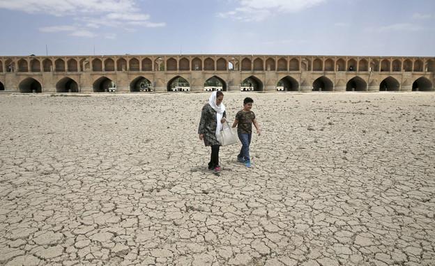 משבר האקלים באירן (צילום: החדשות12, AP)