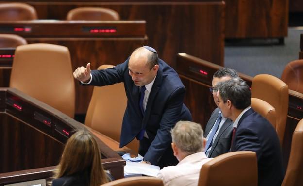 ראש הממשלה נפתלי בנט במליאת הכנסת (צילום: דוברות הכנסת - נועם מושקוביץ)