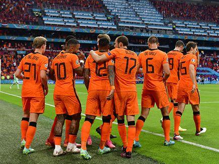 הולנד בשמינית (GETTY) (צילום: ספורט 5)
