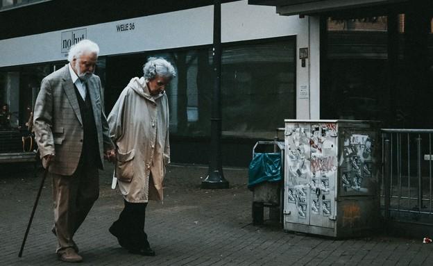 קשישים (צילום: unsplash)