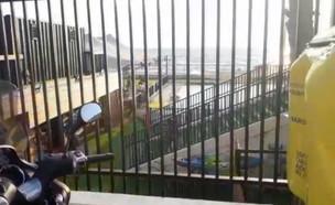 """זירת טביעת ילד בן 6 בבת ים  (צילום: תיעוד מבצעי מד""""א)"""