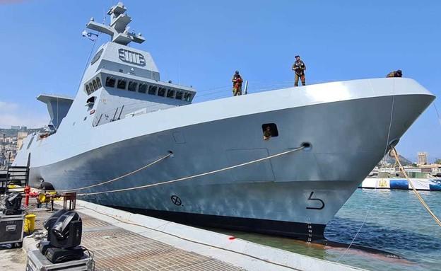 """ספינת חיל הים (צילום: דובר צה""""ל)"""