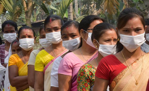 קורונה בהודו (צילום:  Talukdar David / Shutterstock.com)