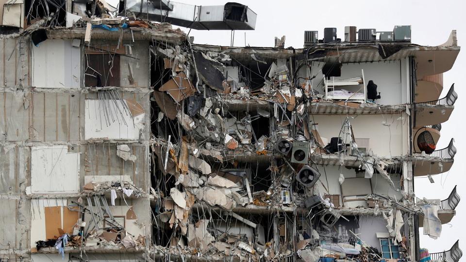 בניין קרס במיאמי ארצות הברית (צילום: רויטרס)
