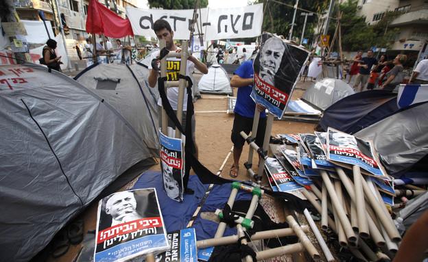 רחוב רוטשילד בתל אביב - המחאה החברתית ב-2011 (צילום: מרים אלסטר, פלאש 90)