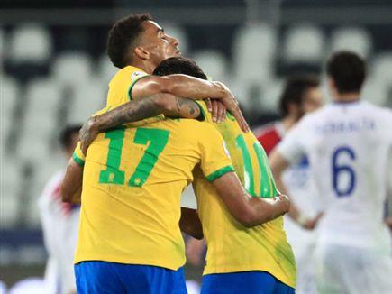 ברזיל חוגגת עלייה לחצי הגמר (Getty) (צילום: ספורט 5)
