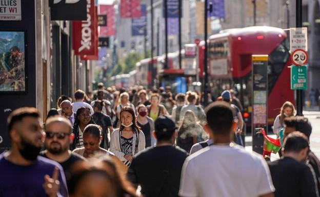 נגיף הקורונה בבריטניה - יוני 2021 (צילום: NIKLAS HALLE'N, AFP)
