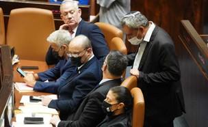 ראש הממשלה והשרים במליאת הכנסת (צילום: דני שם טוב, דוברות הכנסת)